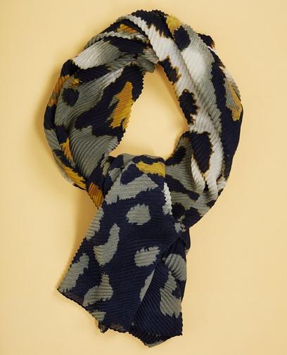Gekreukte sjaal